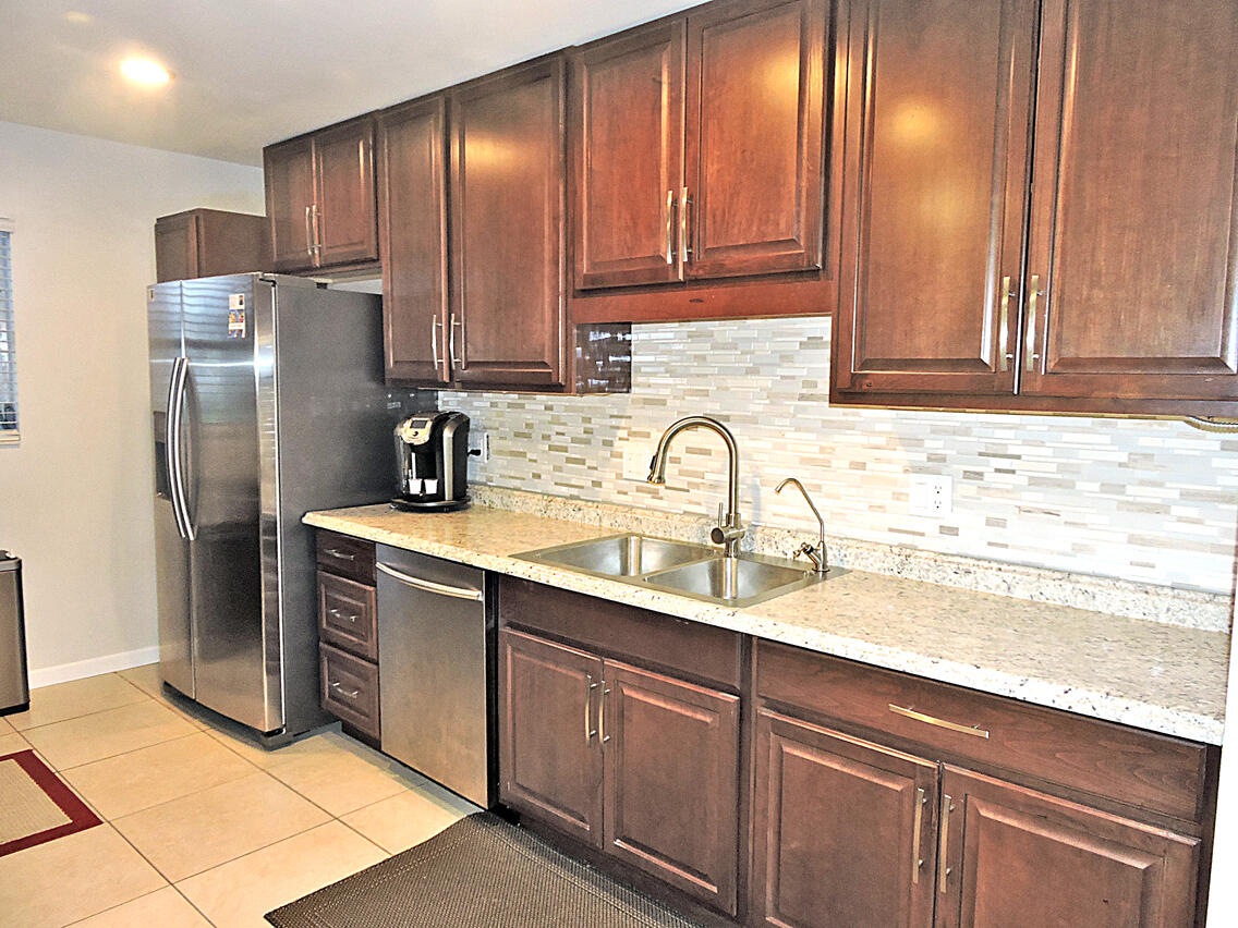 Home for sale in cresthaven townhomes sec 5 condo West Palm Beach Florida