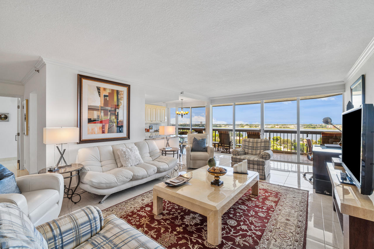 1900  Consulate Place 1202 For Sale 10731625, FL
