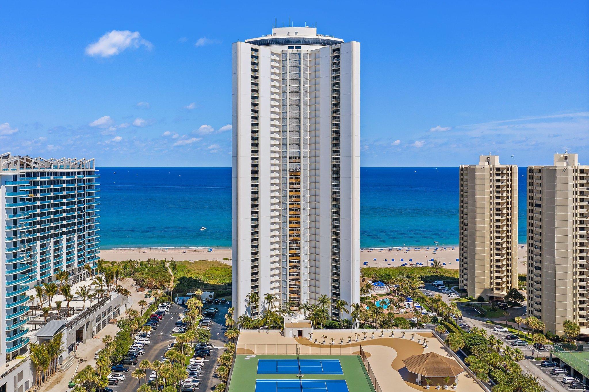 3000 N Ocean Drive 3c For Sale 10731661, FL