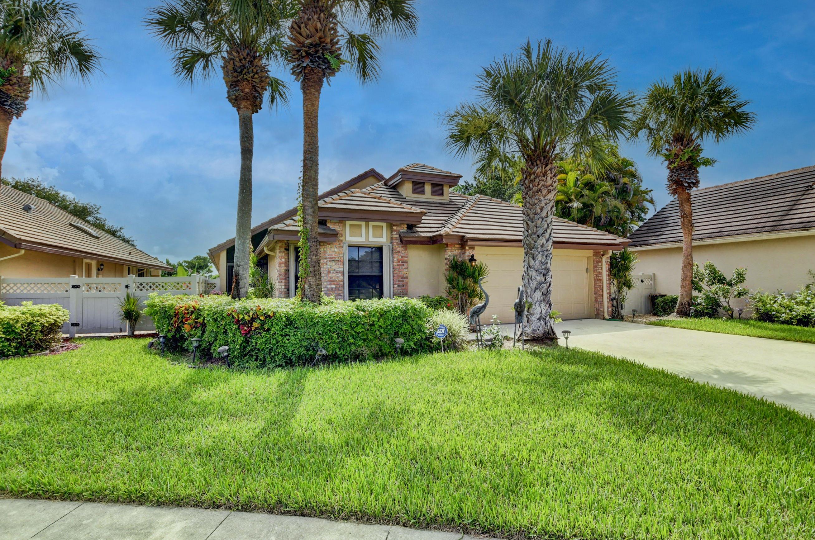 8078  Popash Court  For Sale 10731775, FL