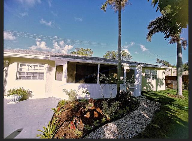 Listing Details for 416 7th Court Nw, Boynton Beach, FL 33426