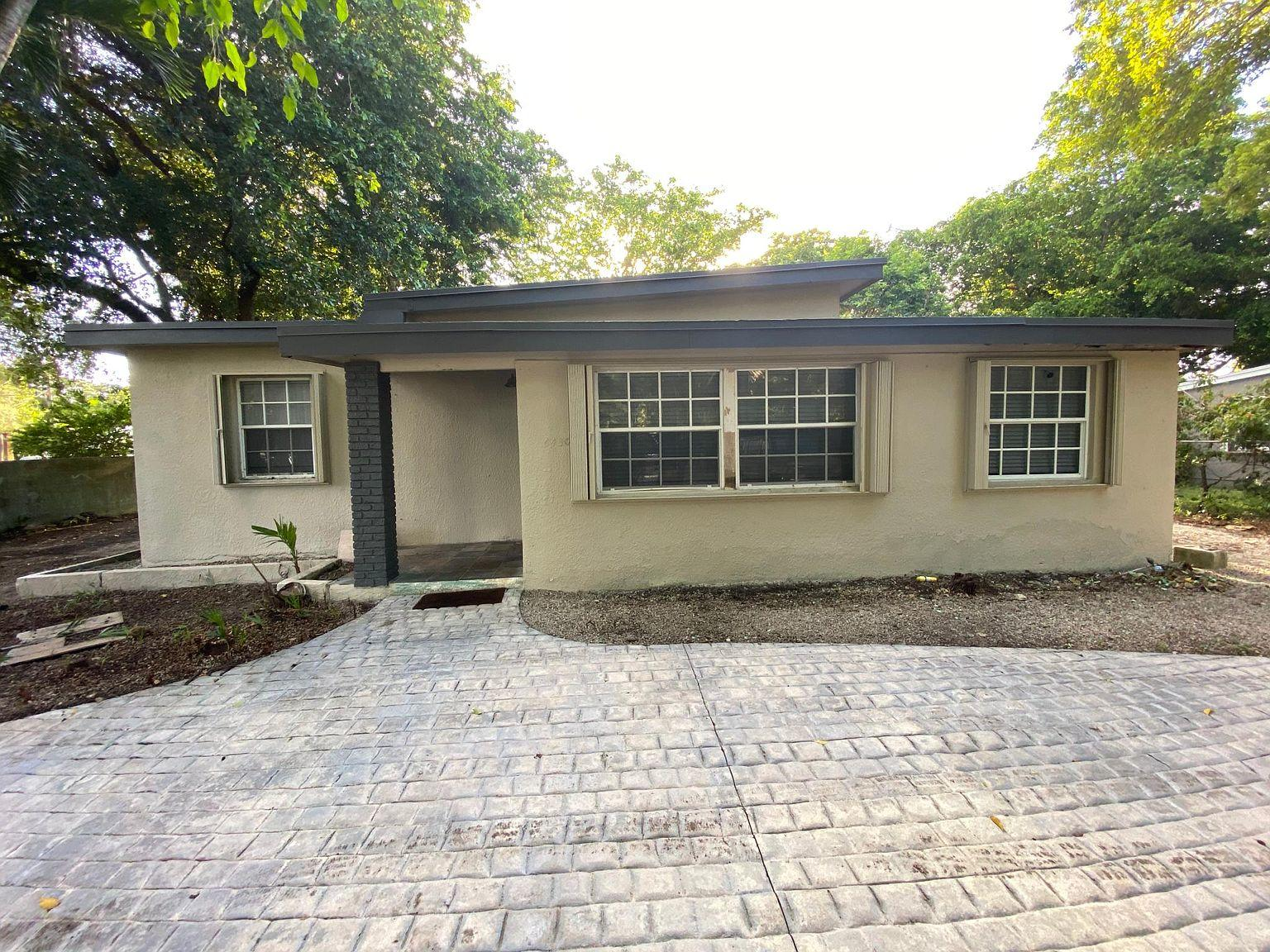 Home for sale in COCOPLUM TERRACE ADDN PAR South Miami Florida