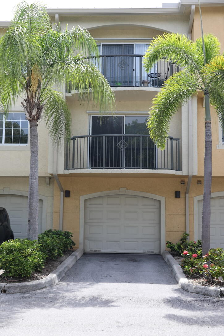 For Sale 10731749, FL