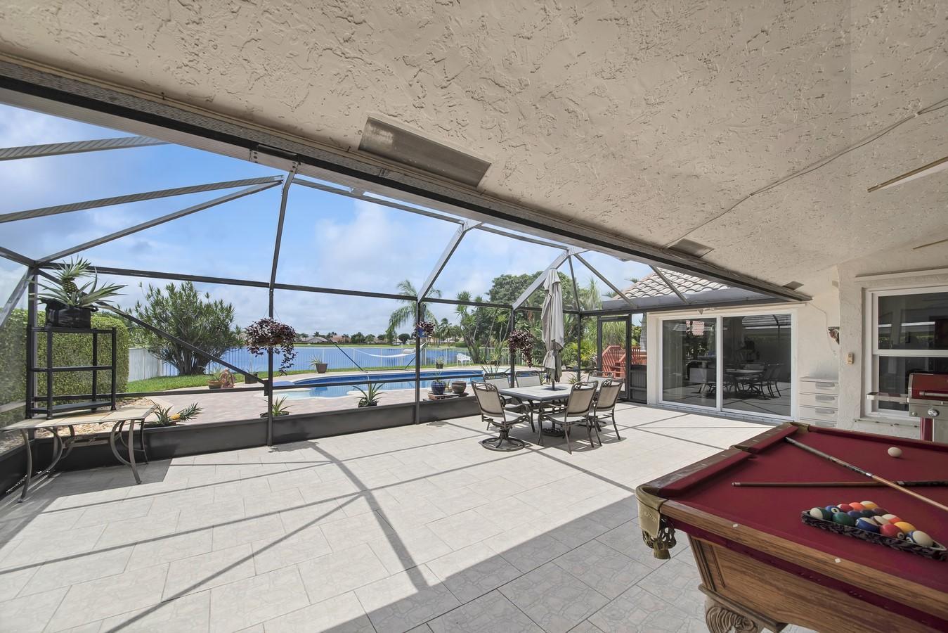 6635 Lake Loran Way Lake Worth, FL 33467 photo 32