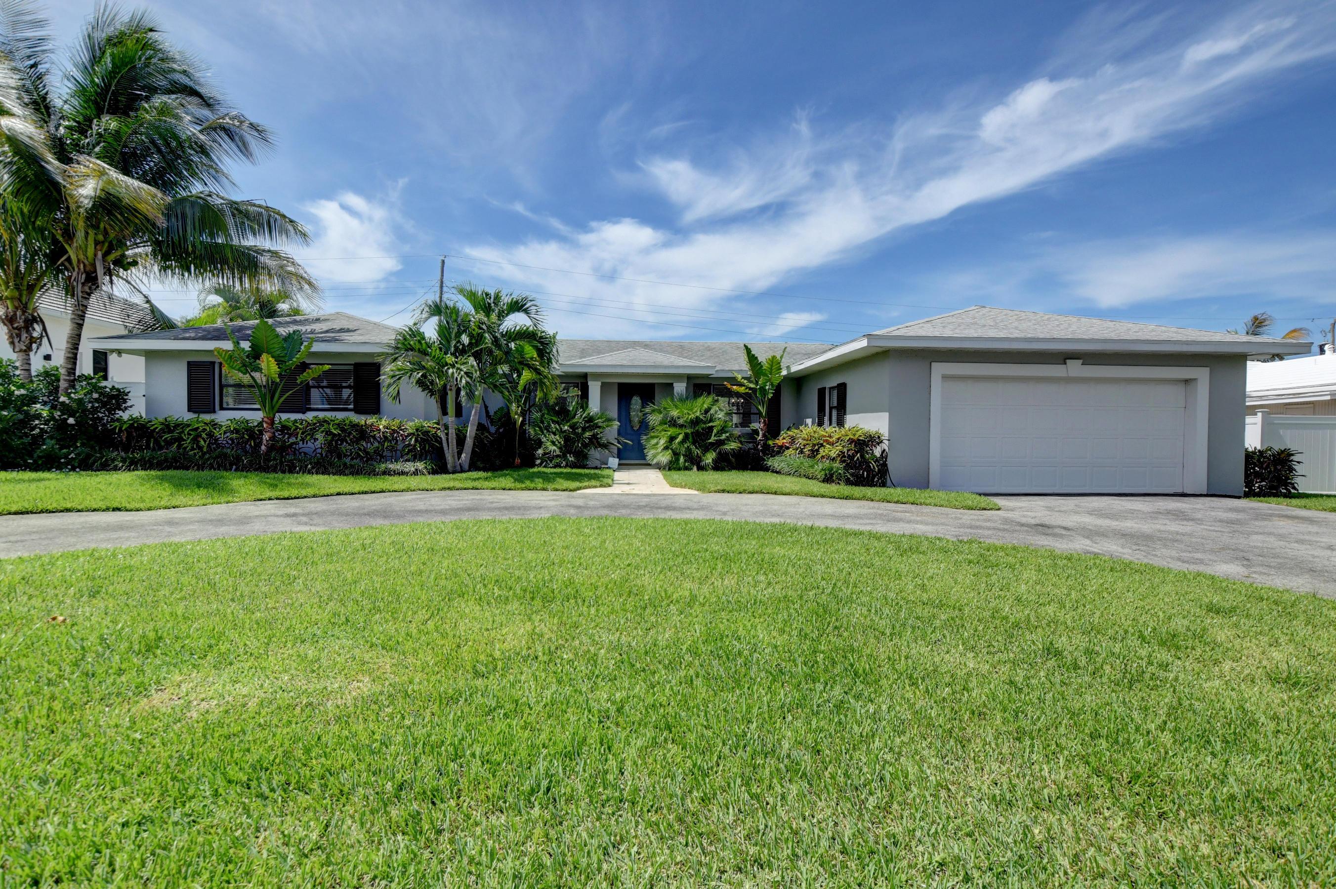 906 SW 28th Avenue Boynton Beach, FL 33435