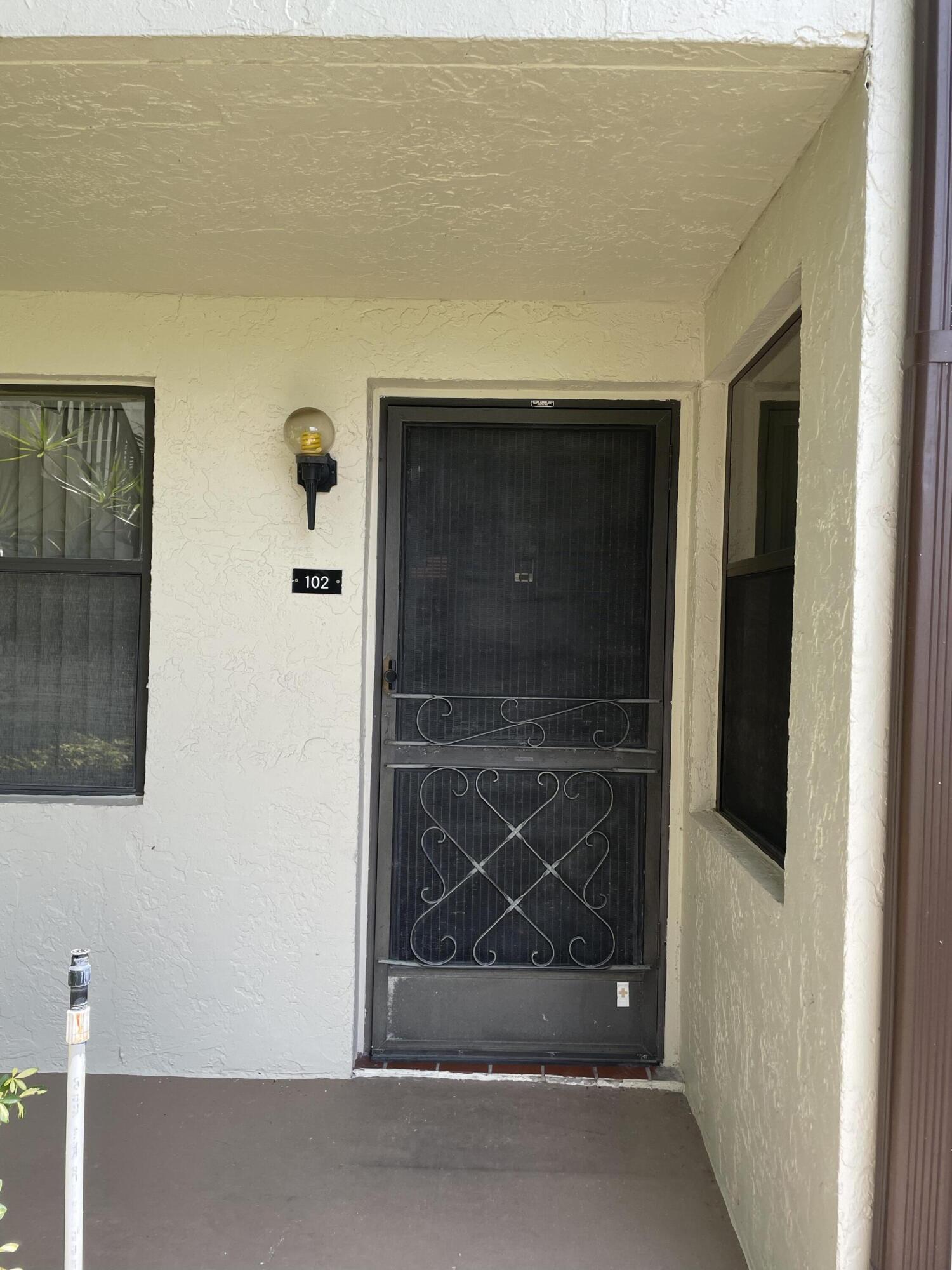 7578  Tahiti Lane 102 For Sale 10732274, FL