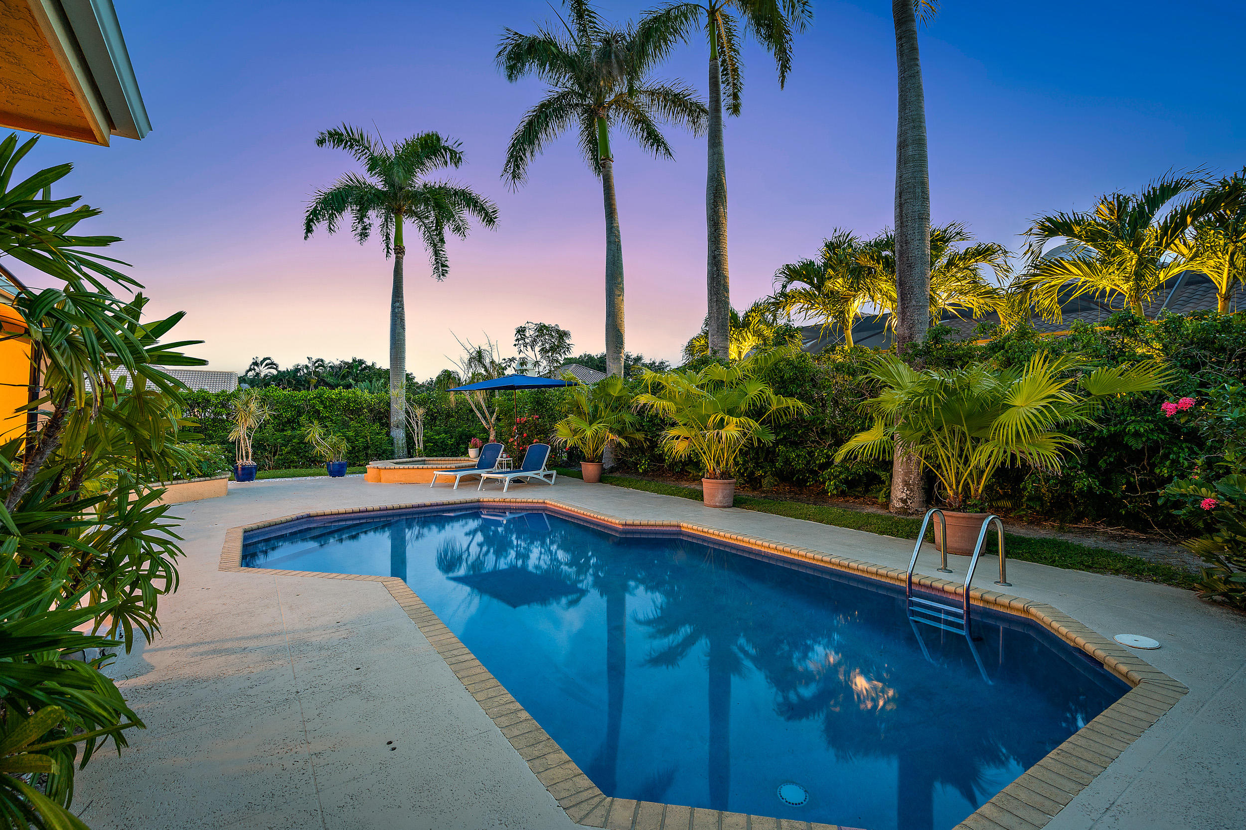 13385  William Myers Court  For Sale 10732597, FL