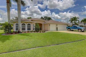 2797 SW Dallas Street, Port Saint Lucie, FL 34953