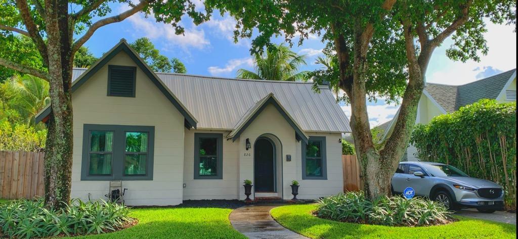 826  Palmetto Street  For Sale 10732493, FL