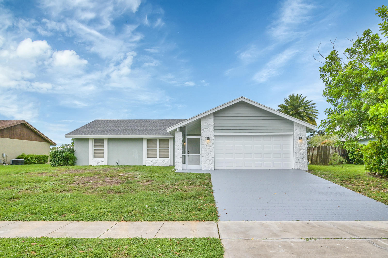 142  Miramar Avenue  For Sale 10732884, FL