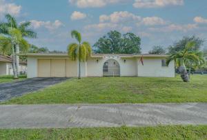 995 Hibiscus Drive, Royal Palm Beach, FL 33411
