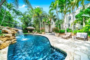 727 Claremore Drive, West Palm Beach, FL 33401