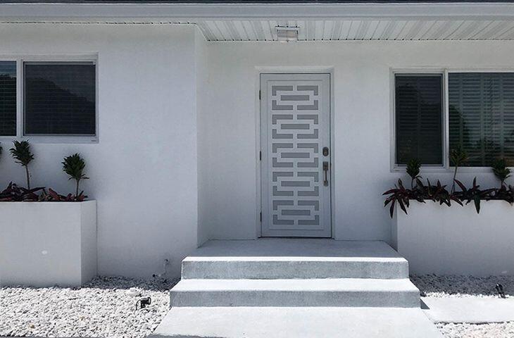 124 Gregory Place West Palm Beach, FL 33405 photo 3