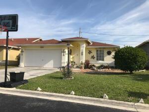 4223 Willowood Lane, Atlantis, FL 33462