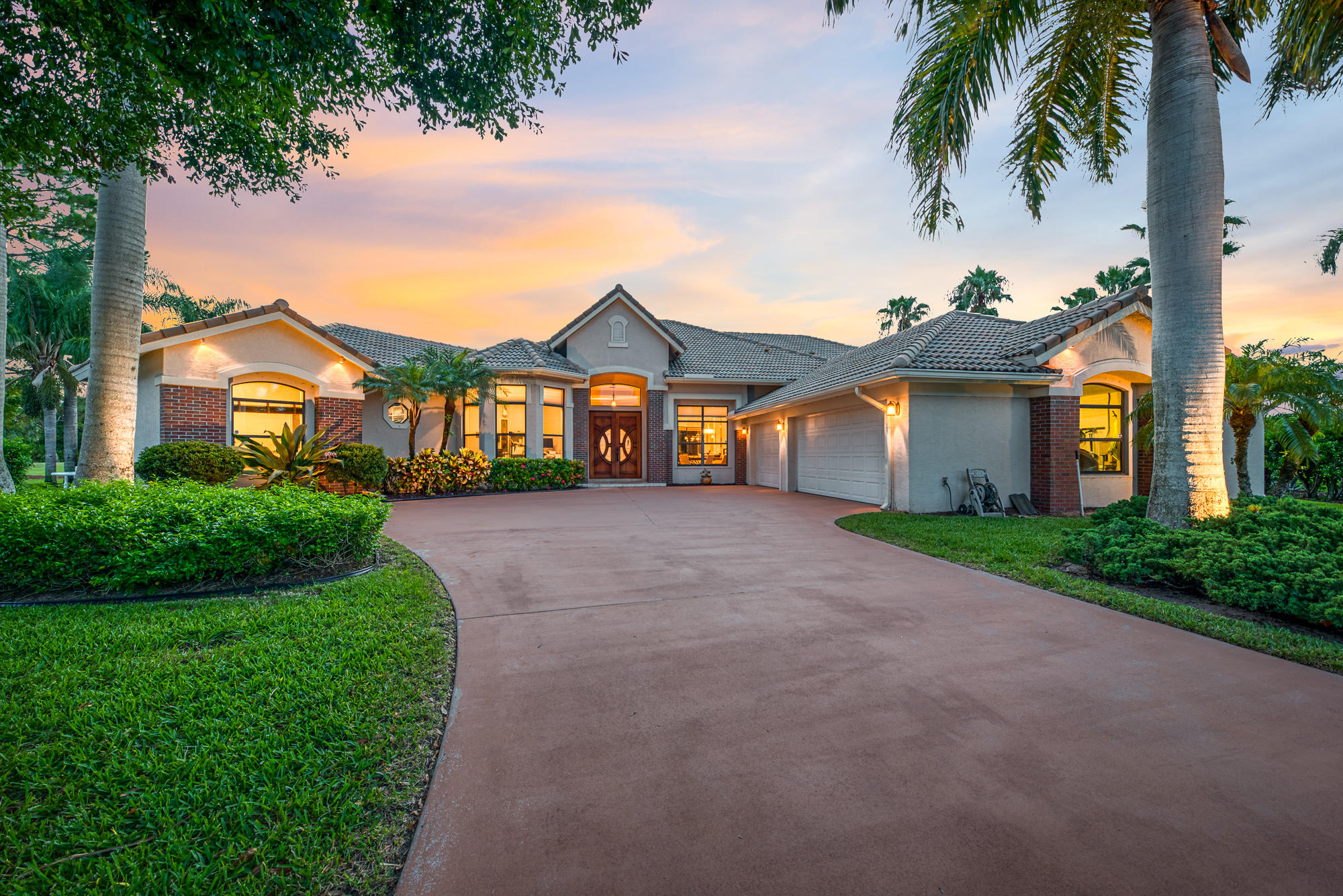 Home for sale in COUNTRY CLUB ESTATES PARCEL 8 PHASE 1 Port Saint Lucie Florida