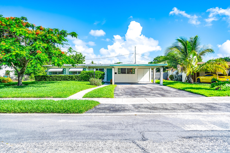 Home for sale in LAKE OSBORNE MANOR Lake Worth Beach Florida
