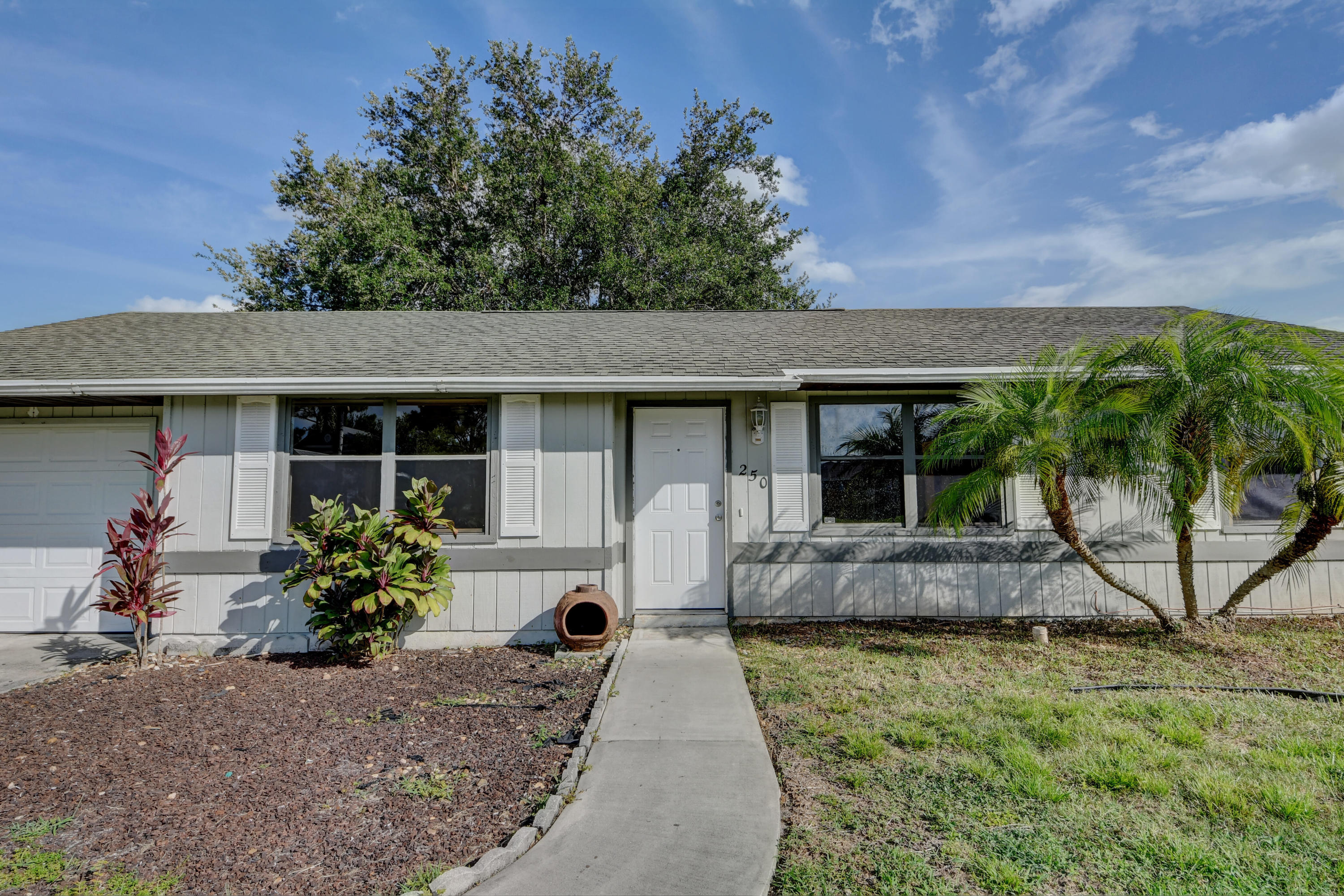 Home for sale in PORT ST LUCIE-SECTION 13 Port Saint Lucie Florida