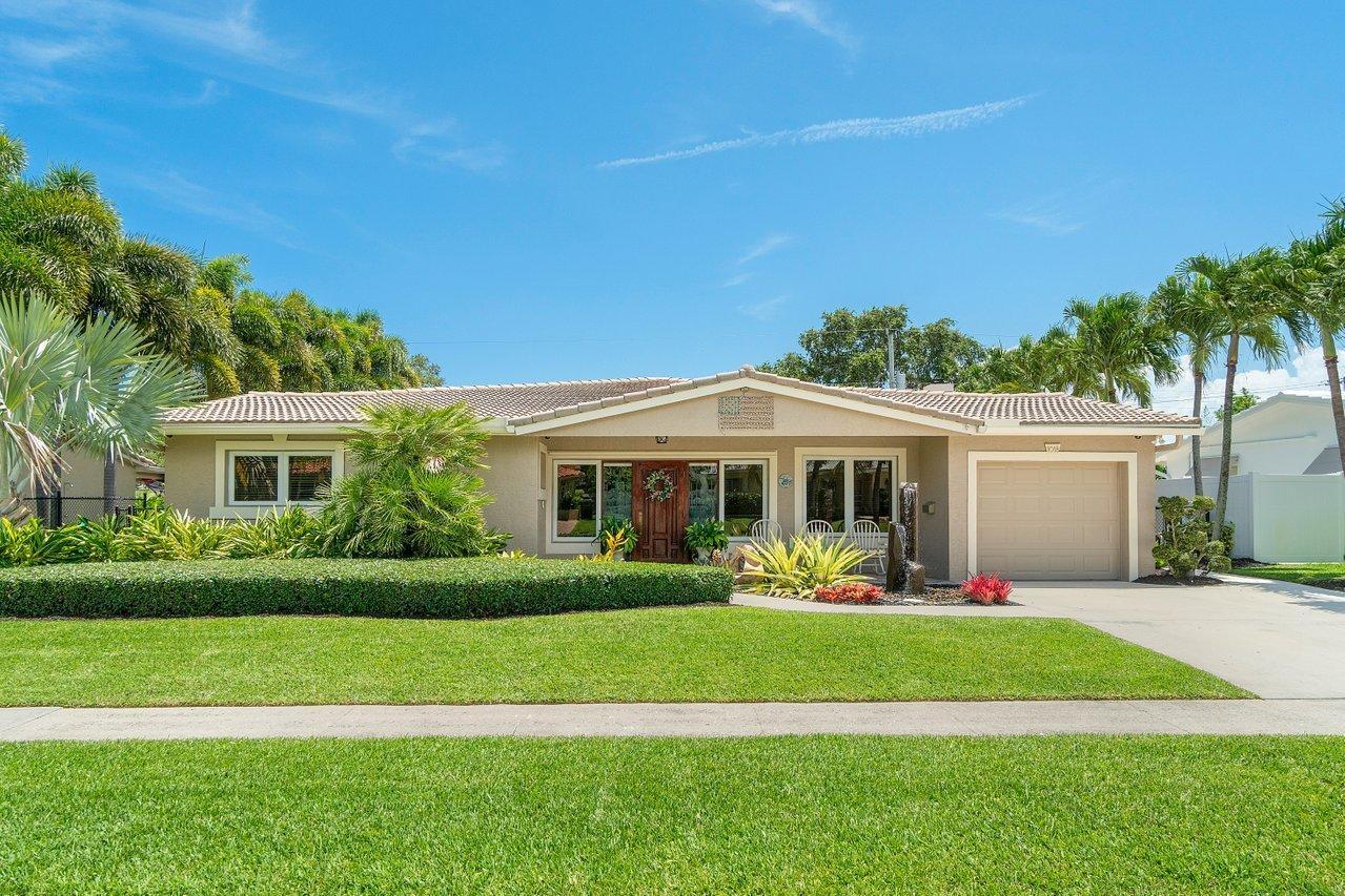 Home for sale in BOCA RATON SQUARE UNIT 7 Boca Raton Florida