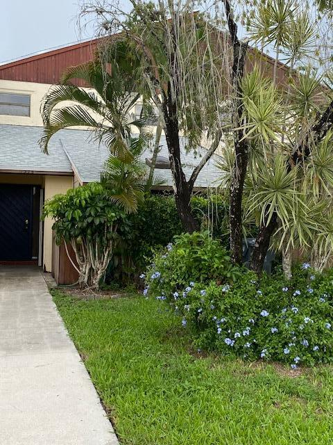 1374  The 12th Fairway  1374 For Sale 10732563, FL