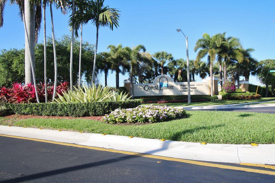 Home for sale in Coral Lakes Crystal Pointe Boynton Beach Florida