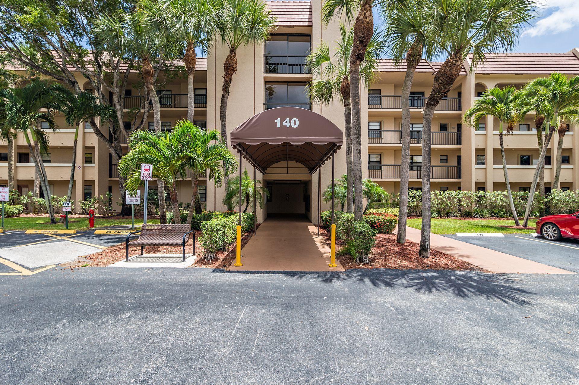 140  Lake Nancy Lane 312 For Sale 10715798, FL