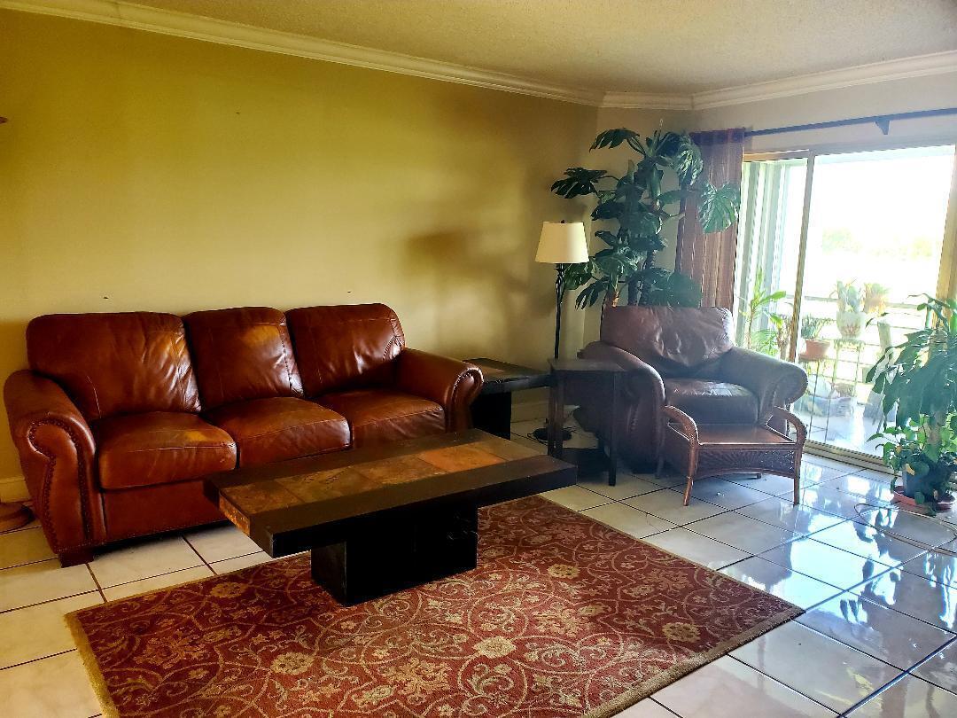 3871  Via Poinciana  202 For Sale 10733203, FL