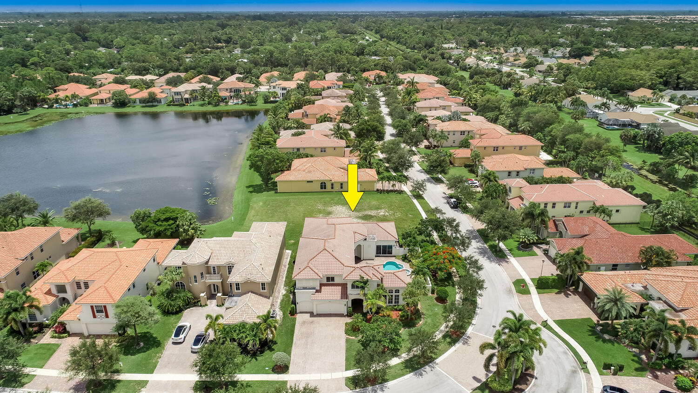 3414  Lago De Talavera   For Sale 10733221, FL