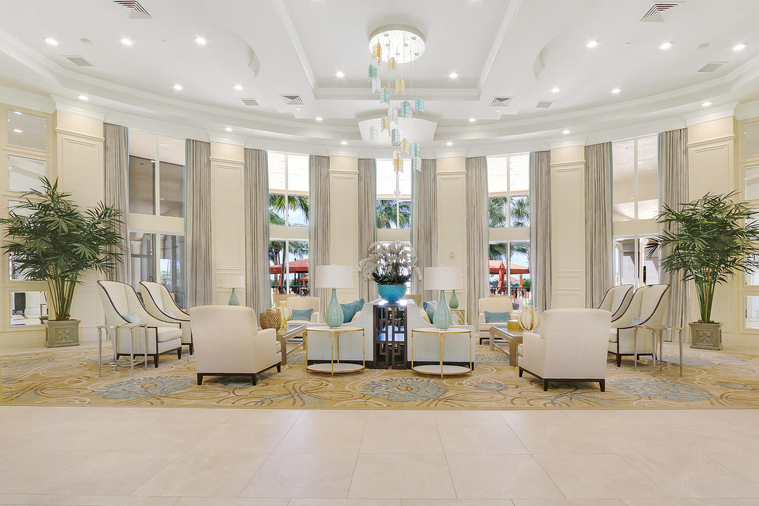 Beautiful Sitting Room in Clubhouse