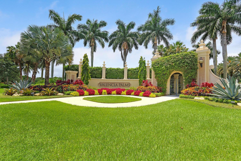 Valencia Palms Entrance