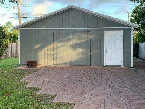 5388 Cleveland Road Delray Beach, FL 33484 photo 3