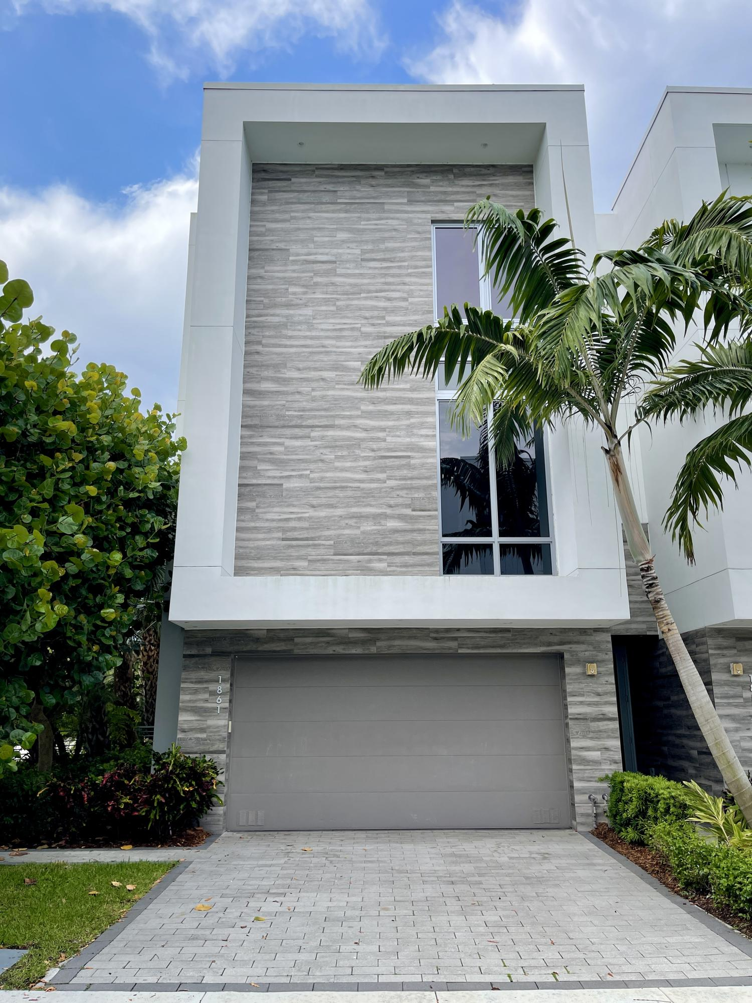 1861 42nd Drive - 3/3 in MODERNE BOCA SPANISH RIVER TOWNHOMES