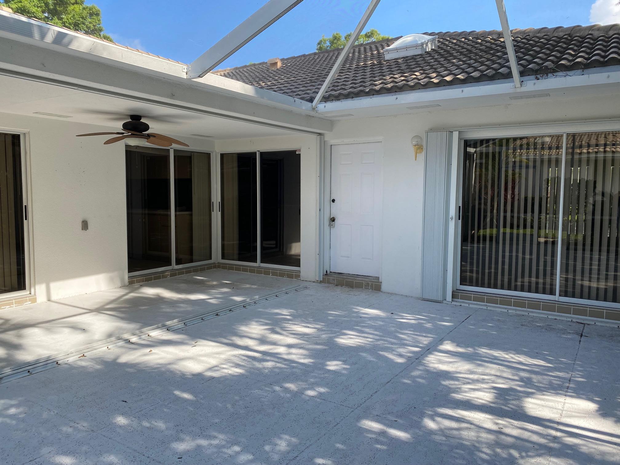 1101  Silverleaf Oak Court  For Sale 10733638, FL