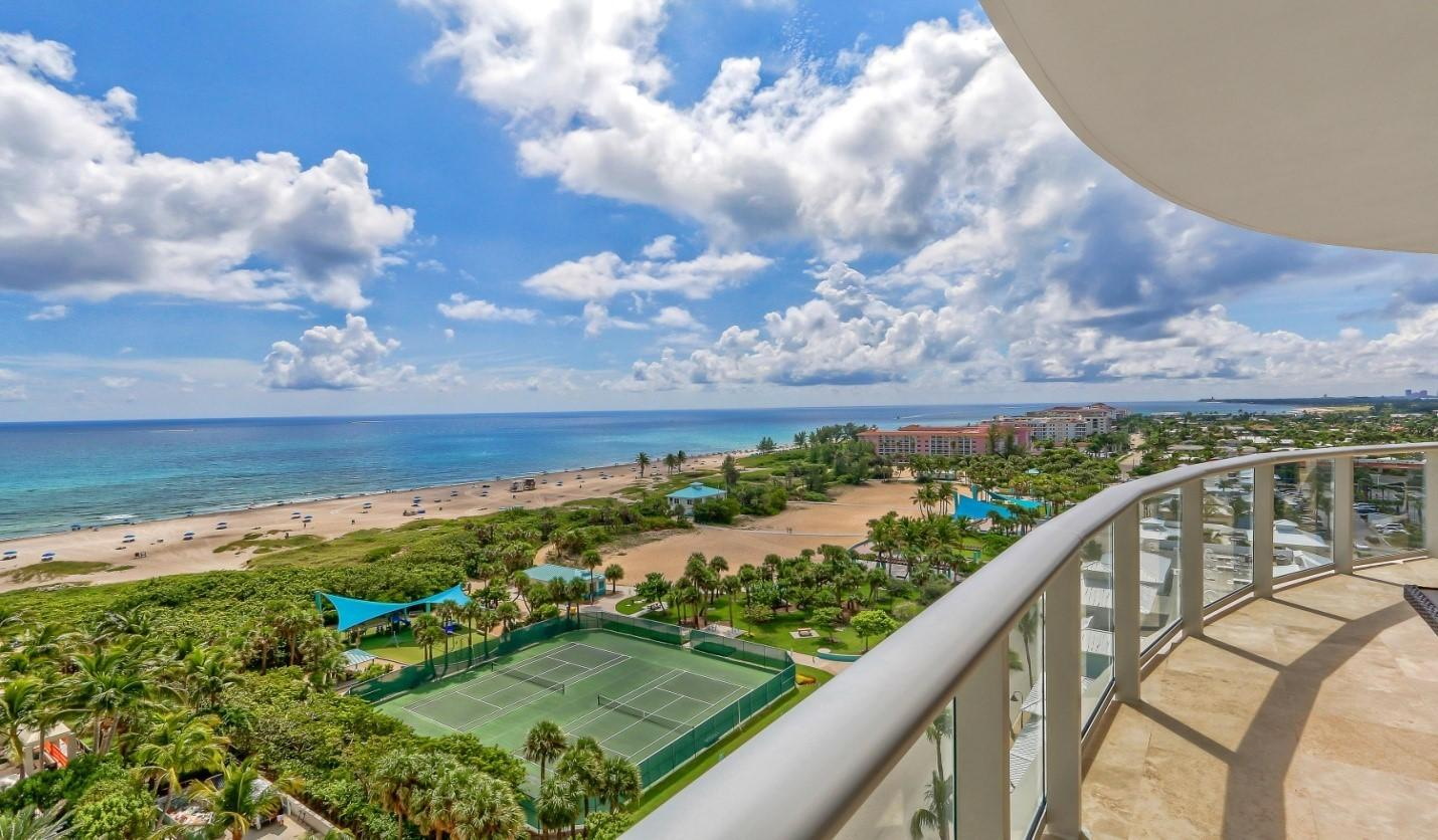 2700 N Ocean Drive 1004b For Sale 10733677, FL