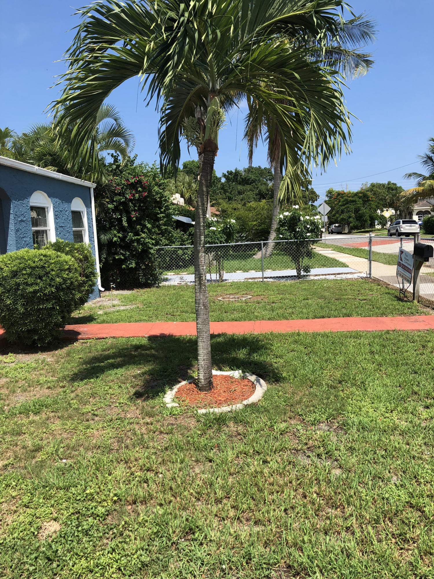 431 58th Street West Palm Beach, FL 33407 photo 11
