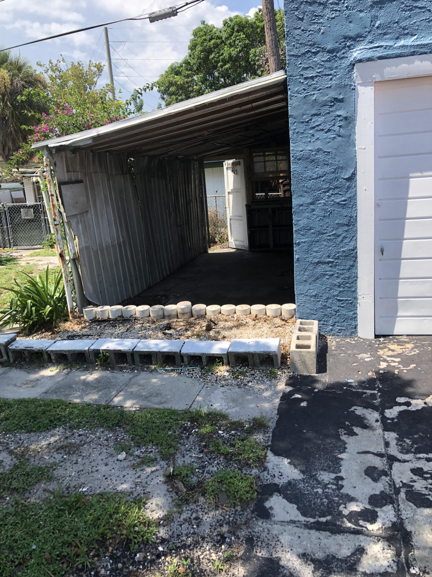 431 58th Street West Palm Beach, FL 33407 photo 13