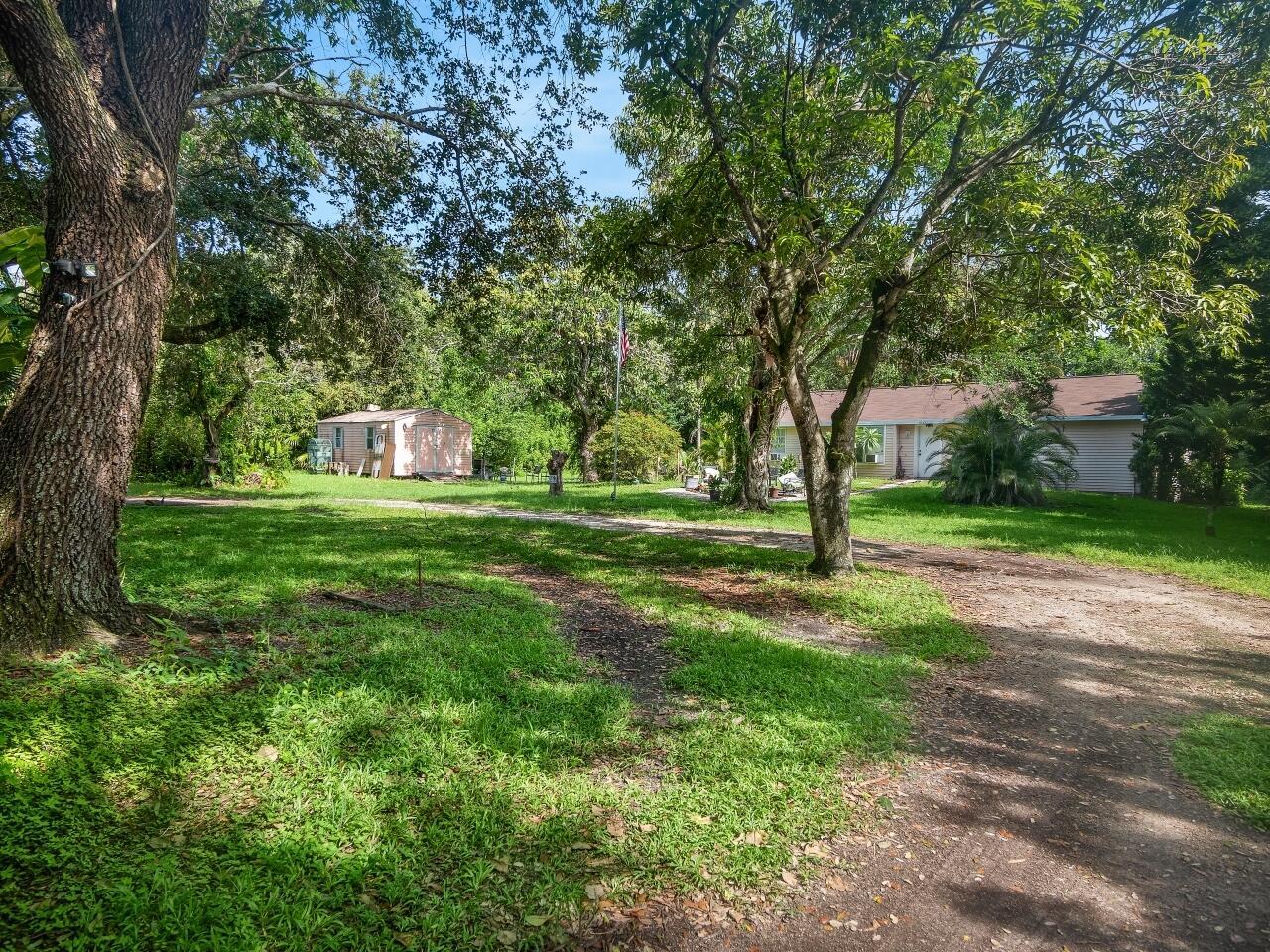 Home for sale in S/D OF 12-45-42, SE 1/4 IN Boynton Beach Florida