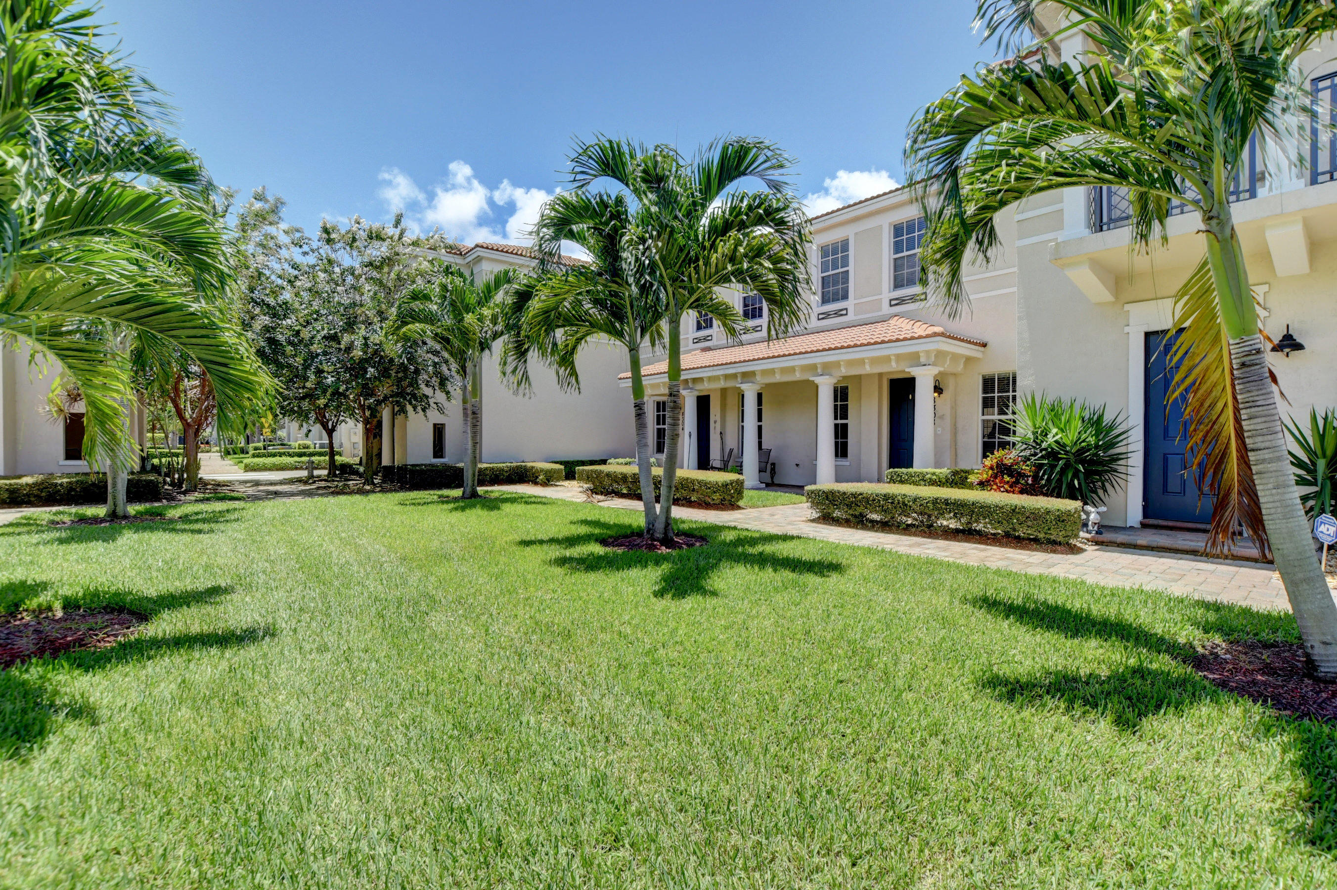 8308 NW 8th Way  For Sale 10734420, FL