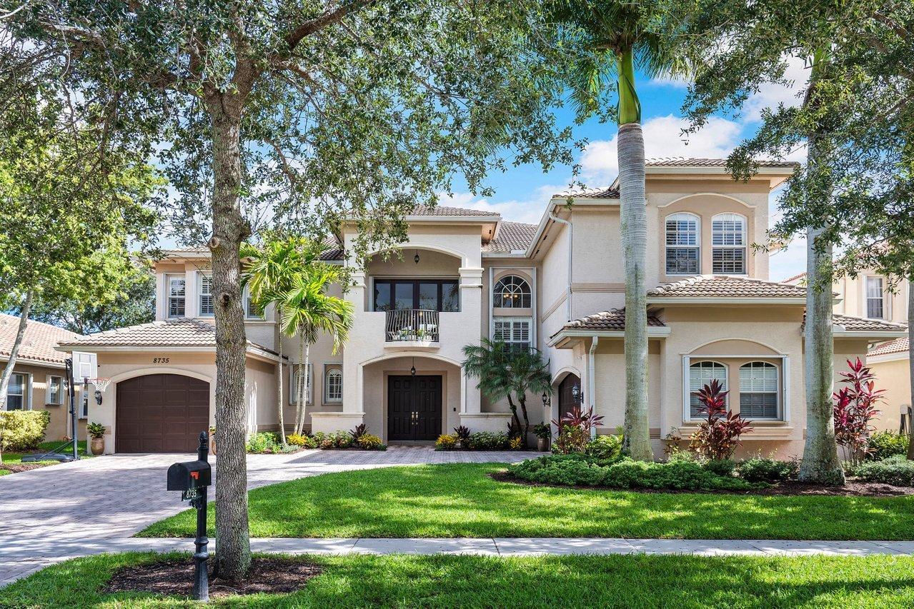 8735  Thornbrook Terrace Point  For Sale 10734018, FL