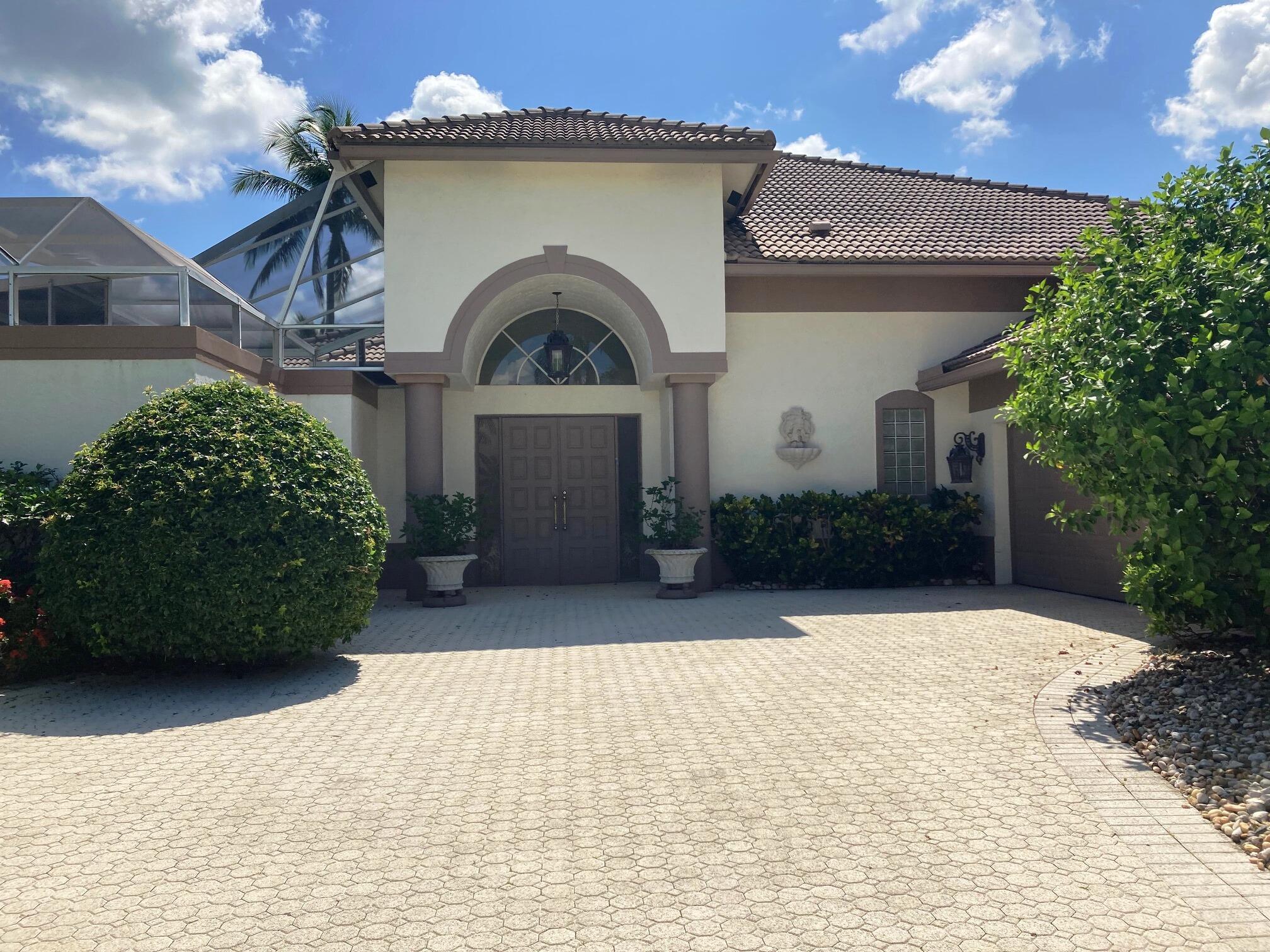 10563  Stonebridge Boulevard  For Sale 10734228, FL