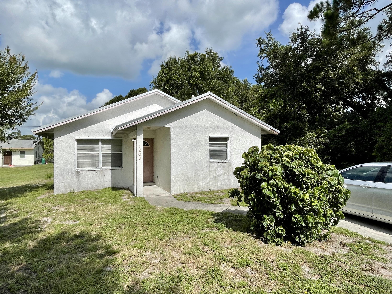 1203 N 37th Street, Fort Pierce, FL 34947