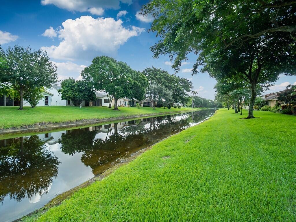 10739  Ladypalm Lane B For Sale 10739185, FL