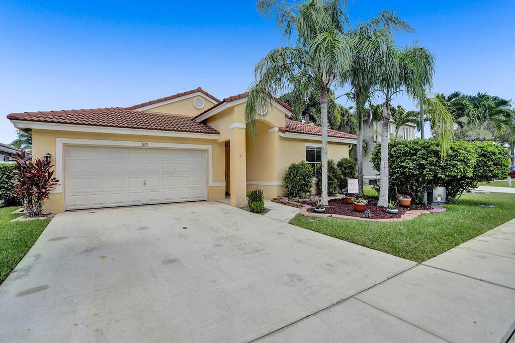 6351 Barton Creek Circle Lake Worth, FL 33463