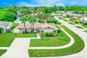 10667 Shady Pond Lane, Boca Raton, FL 33428