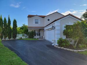 21461 Sawmill Court, Boca Raton, FL 33498
