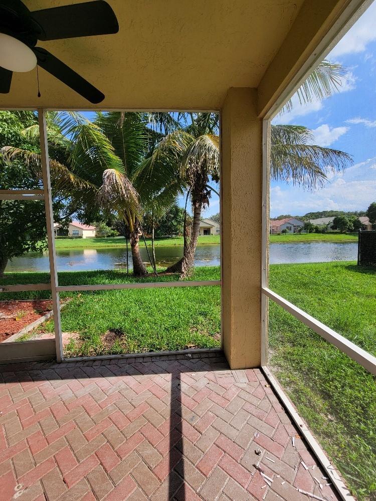 220 Seminole Lakes Drive Royal Palm Beach, FL 33411 photo 2