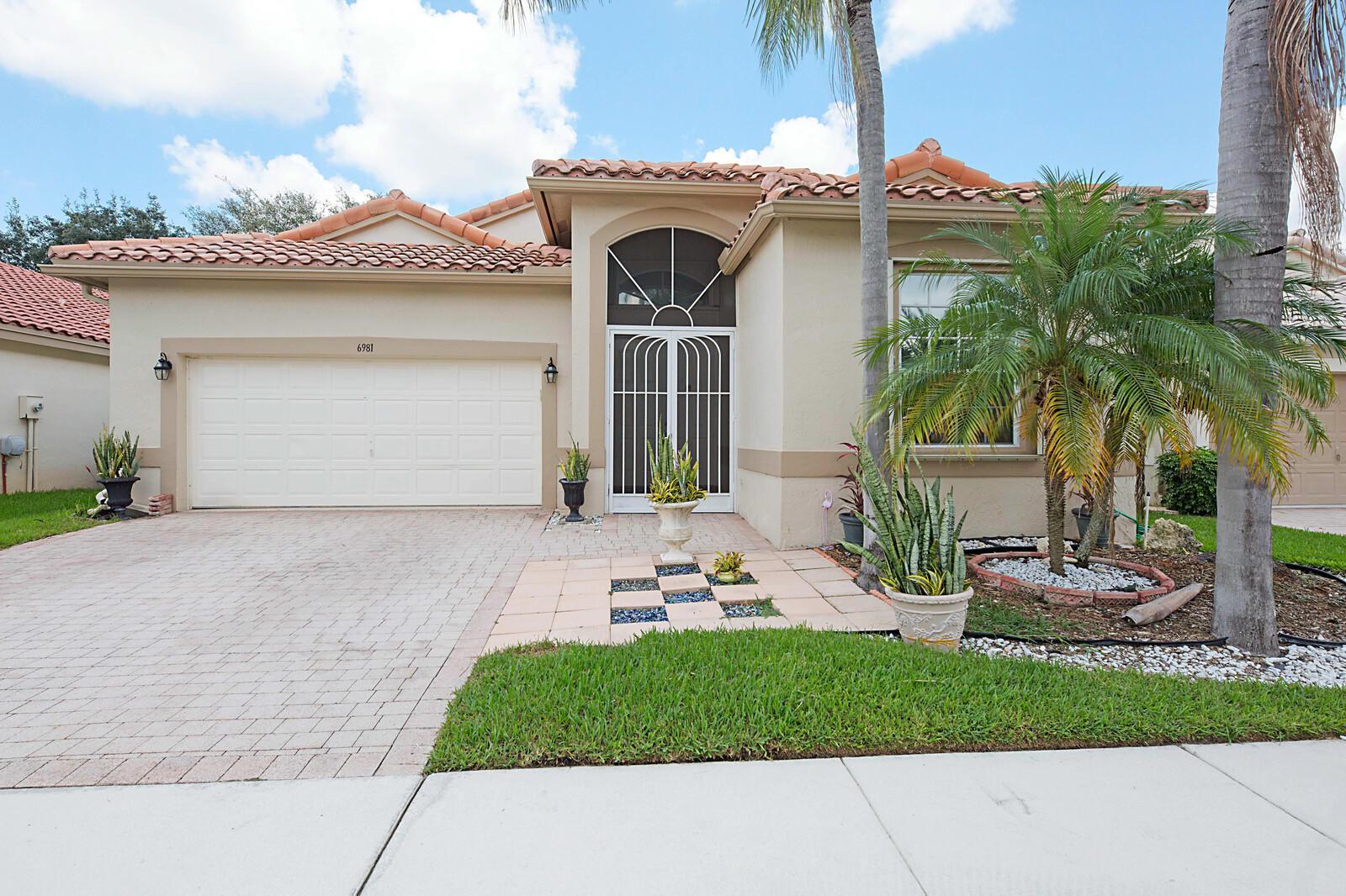Photo of 6981 Castlemaine Avenue, Boynton Beach, FL 33437