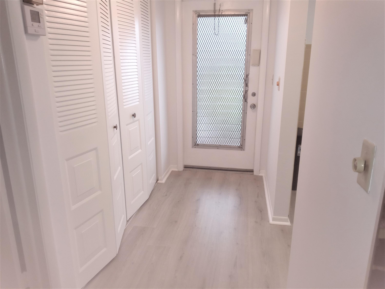 19  Abbey Lane 206 For Sale 10734711, FL