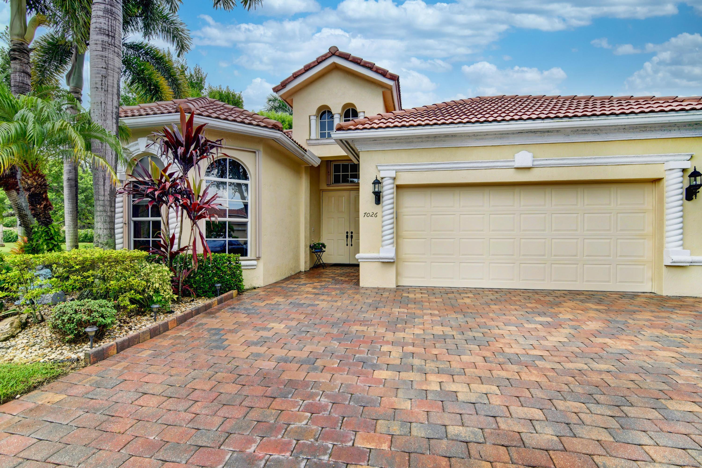7026  Veneto Drive  For Sale 10733932, FL