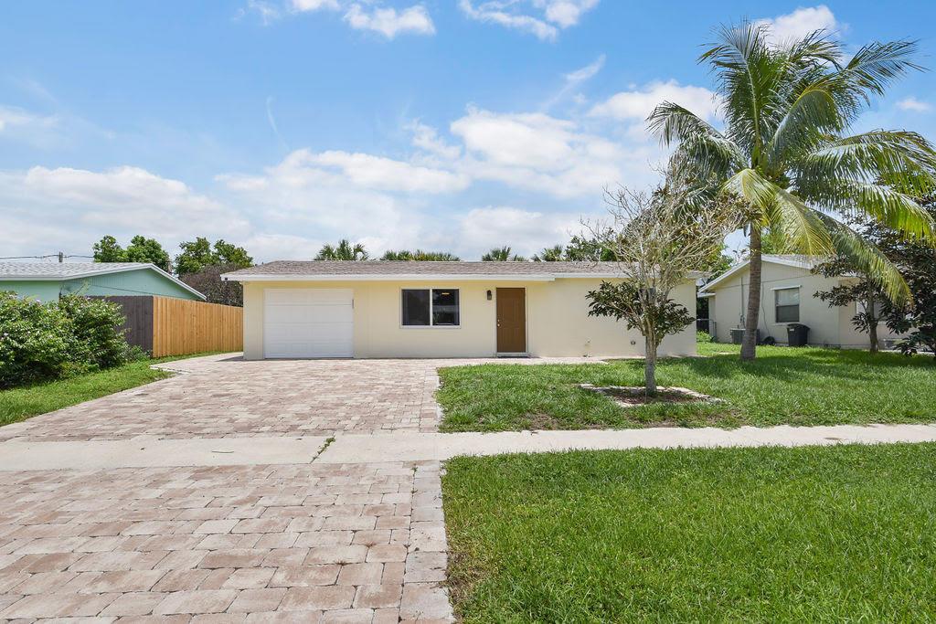 Home for sale in PALM BEACH CABANA COLONY 2 Palm Beach Gardens Florida