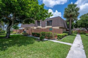 7724 77th Way, West Palm Beach, FL 33407